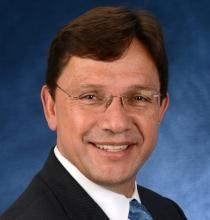 Dr. Juan Salazar