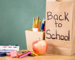 back to school lunch bag and apple