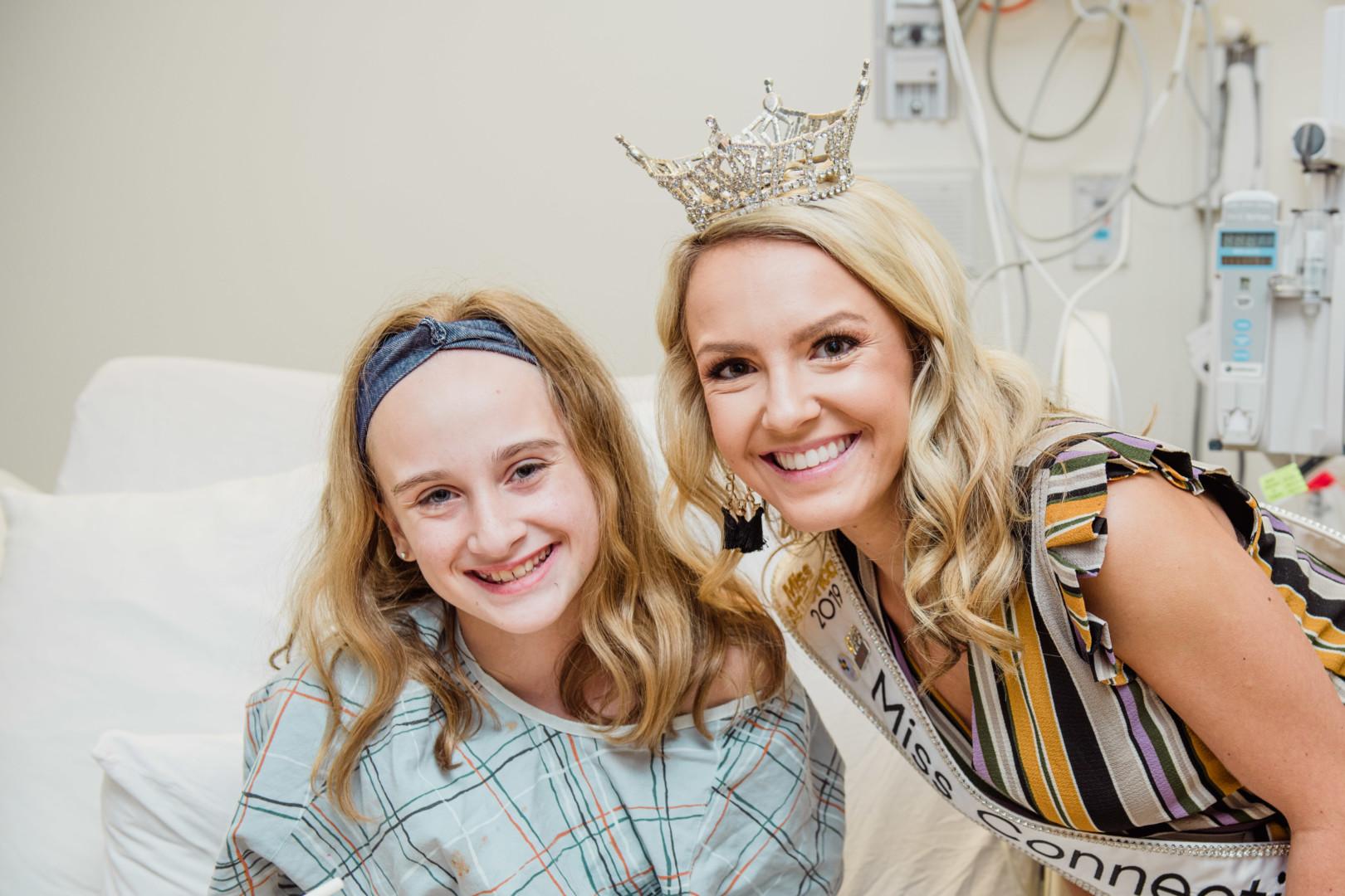 Jillian Duffy, Miss Connecticut 2019, meets with a patient at Connecticut Children's.