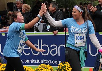 team photo from Hartford Marathon