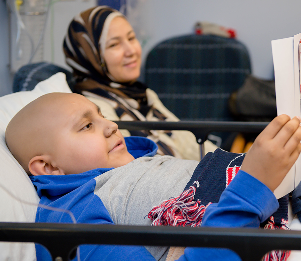 Youssef, a patient in Cancer in Blood Disorders, is pictured with his mom during an inpatient stay